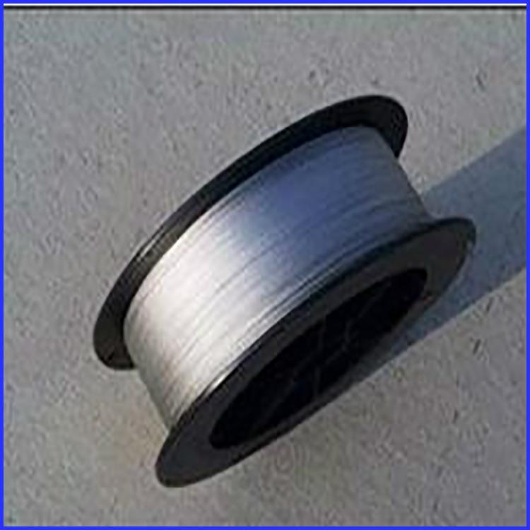 耐磨焊丝在焊接工作的自我防护方法